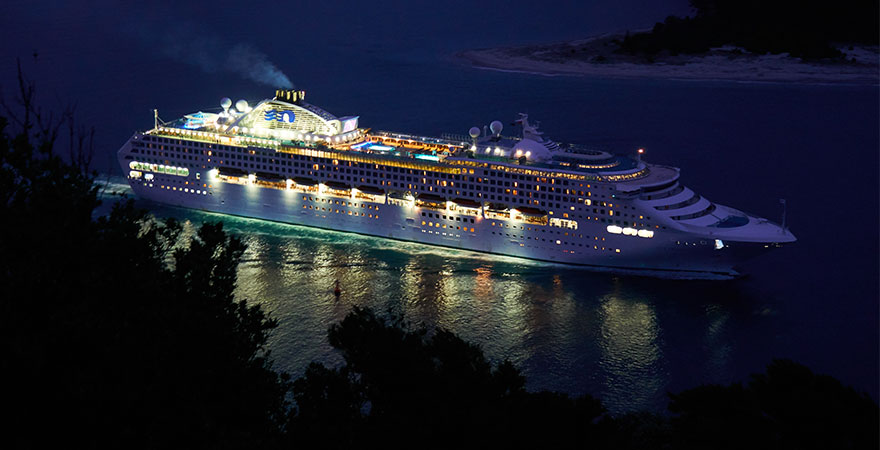 Postimage 4 of the Best Cruise Ship Casinos and Rules on Maritime Boundaries Queenmary - 4 of the Best Cruise Ship Casinos and Rules on Maritime Boundaries